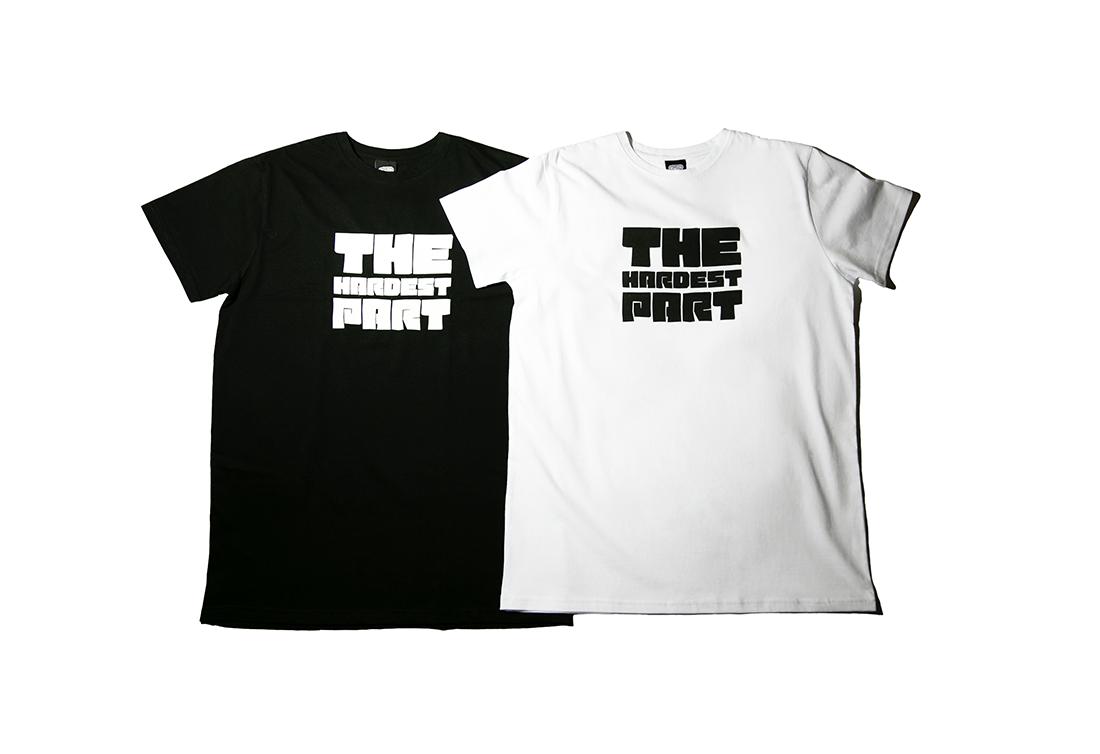 черная и белая футболка THE HARDEST PART