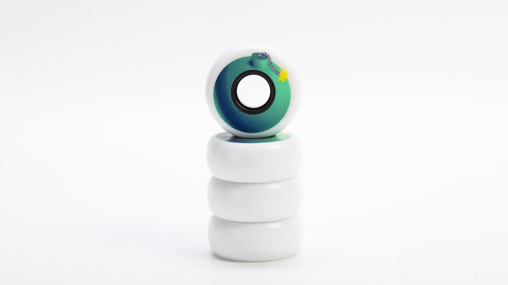 Колеса для роликов Bomb 59mm в упаковке